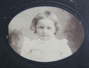 Lorna Holden